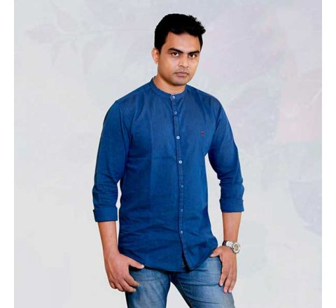 Izod Blue Solid Straight Fit Casual Shirt - 826